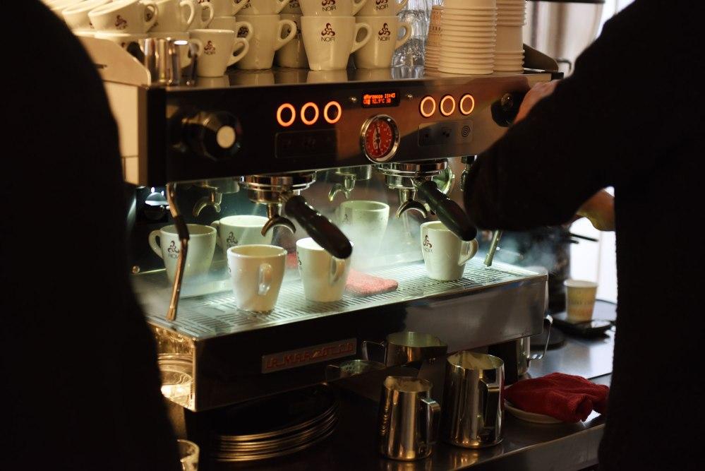 cafe-noir-kaffeemaschine